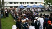 03 July 11 2006 rally in Penaranda Park Legazpi City