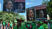 Green March protestors keep up the pressure on Dominican Republic's president, as the Odebrecht corruption scandal continues, August 2017.