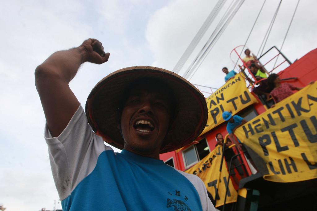 Fishermen Protest Against Power Plant Development In Batang Central Java November